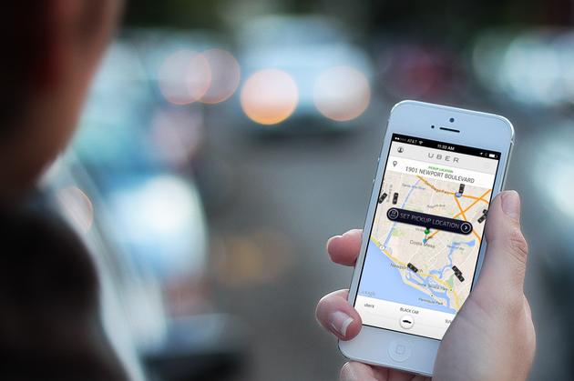 Uber无人驾驶汽车被拍到闯红灯 官方回应系人为错误