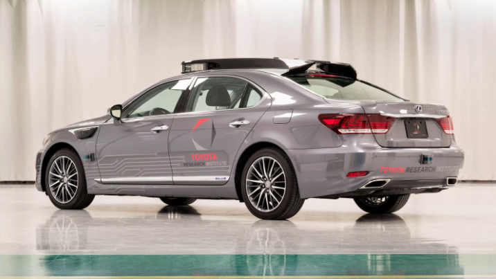 受Uber自动驾驶事故影响 丰田也宣布暂停无人车相关测试