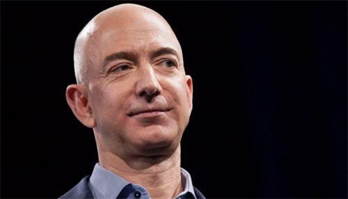 亚马逊创始人贝索斯个人净资产突破1500亿美元 超前首富盖茨纪录
