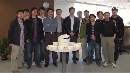 """小米发布创业8年纪录片:从""""疯狂想法""""到""""至暗时刻"""""""