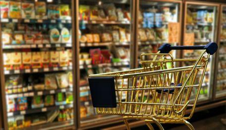 商务部:上半年网上零售额同比增长30.1% 便利店等实体业态同比增长4.6%