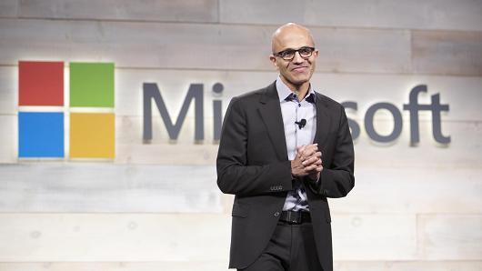 微软云服务正在帮助它更快成为市值1万亿美元的大公司