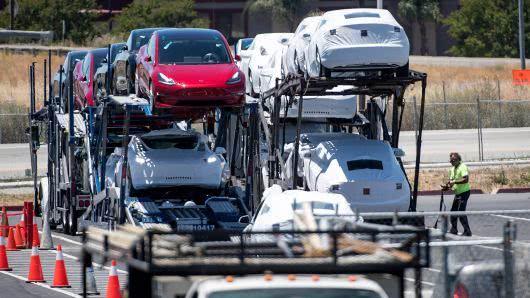 特斯拉第三季度电动车产量达到约8万辆 创历史新高
