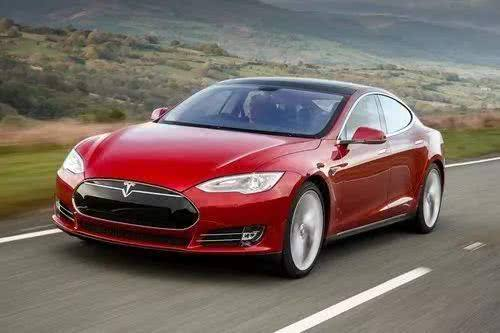 马斯克:年底前交付11月30日之前的Model 3订单