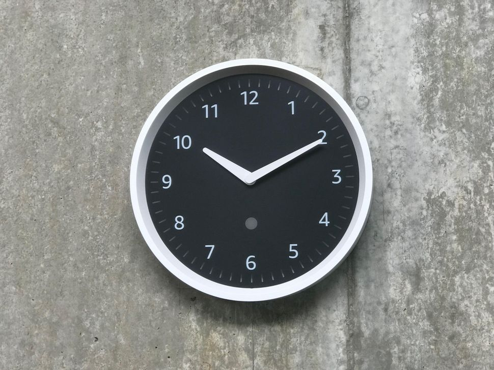 亚马逊Echo Wall Clock开卖 售价29.99美元
