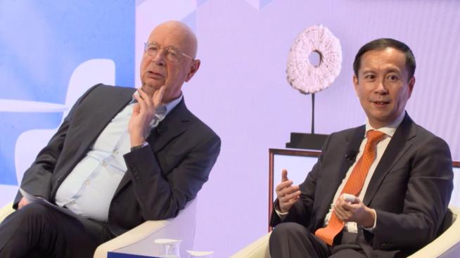 阿里巴巴张勇:中国在经历比很多国家更快的数字化进程