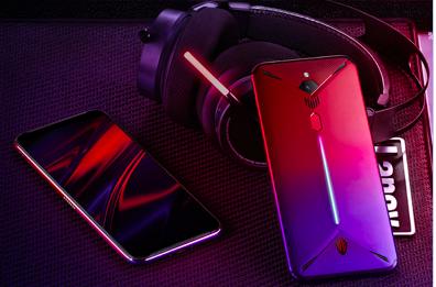 努比亚发布第三代电竞游戏手机红魔3:内置风扇 售价2899元起