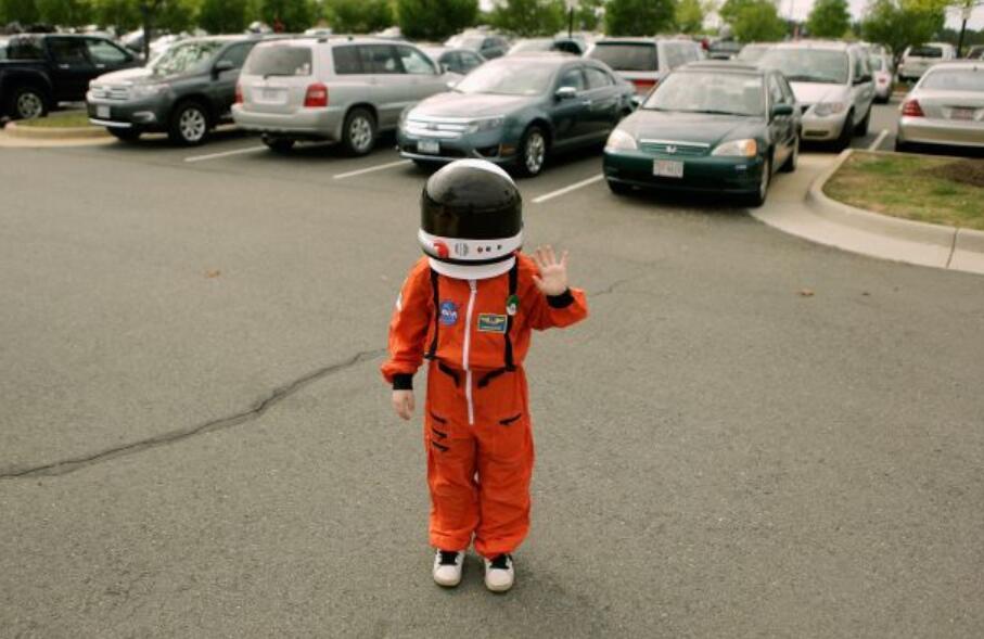 視頻博主取代宇航員 正在成為英美小孩的第一夢想