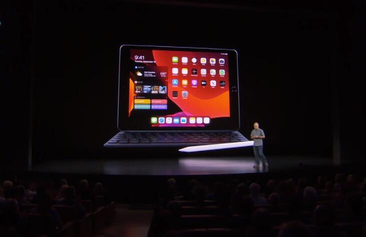 10.2英寸iPad发布 搭载A10处理器 售价2699元起