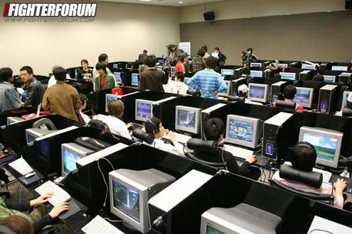 早些年韩国选拔星际选手的现场
