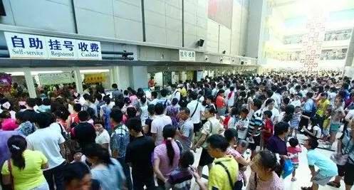 巨米智能售药机惊艳亮相上海CVS智慧零售展!