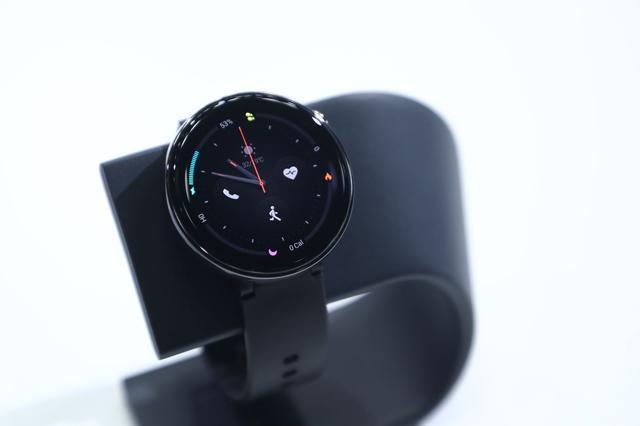 华米科技AMAZFIT智能手表2:质感更强比肩Apple Watch 4