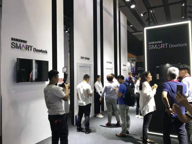 三星智能锁亮相第21届中国建博会,用科技掌控智慧物联