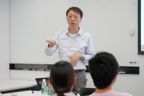 加州伯克利分校教授马毅到访码隆科技 共同探讨技术发展
