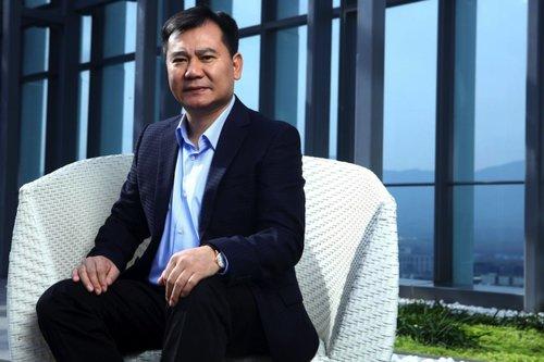 张近东:大企业谋发展,经营不专则不强,管理不精则不强