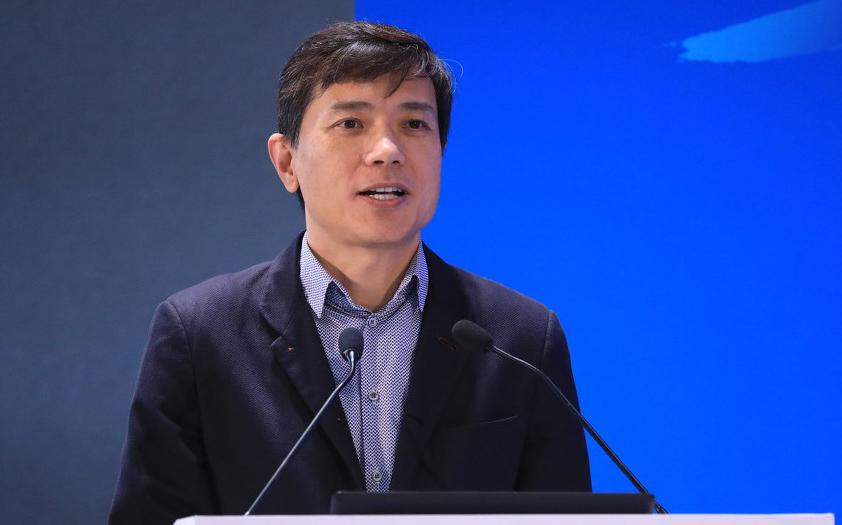 李彦宏:AI发展分三个阶段,我们正处后半段过渡期