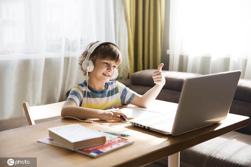 2020教育行业:线上虚火线下爆雷、互联网大厂抢市场