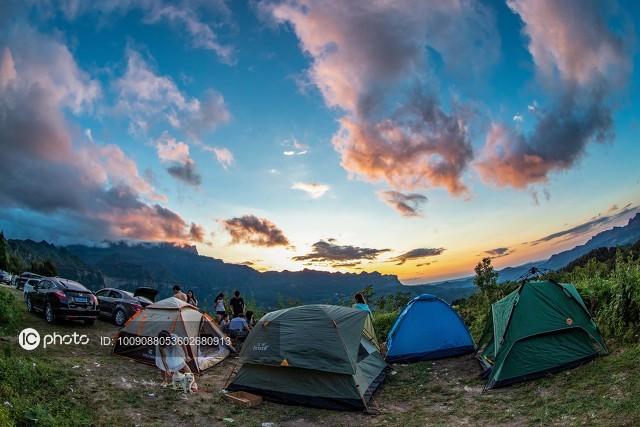抖音发布2020年旅行创作者生态白皮书,旅游行业线上化进程加速