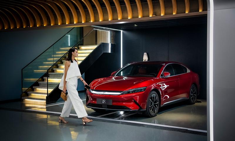比亚迪汉累销超6万,豪华车消费者爱上中国车