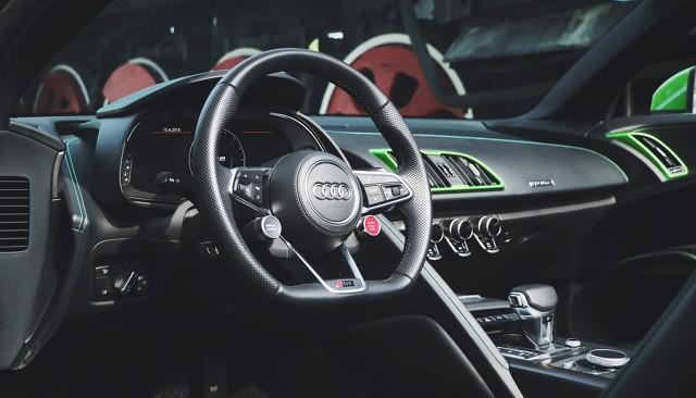 一汽-大众汽车有限公司召回701辆进口奥迪汽车;腾讯电竞与湖北省宣达成战略合作|Do早报