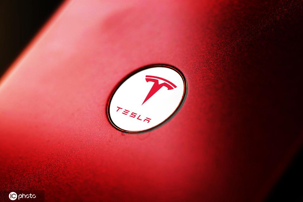 特斯拉在全球已拥有25000个超级充电桩 预计今年年底突破30000