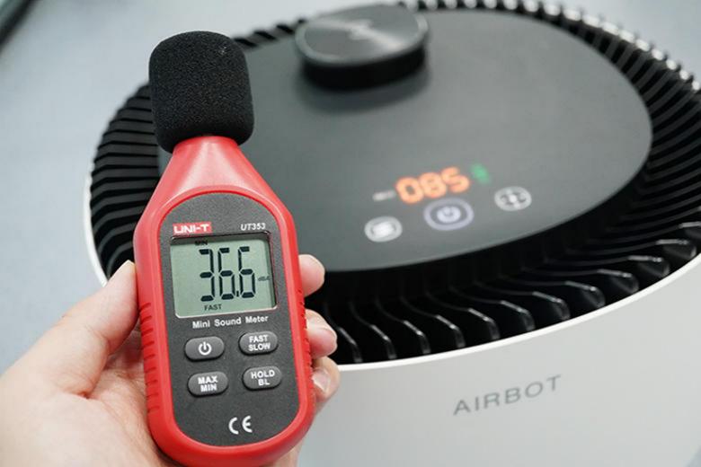 副本科沃斯沁宝 AIRBOT Ava产品测评 Donews_1015(1)(1)2550.png