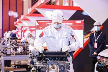 说明: 发动机单体拆装实操比赛